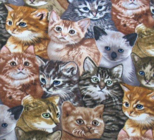 Allover-Kitten-Fleece-Throw-Blanket-0
